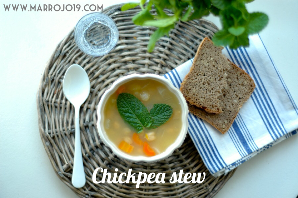www.marrojo19.com_chickpea_stew_0