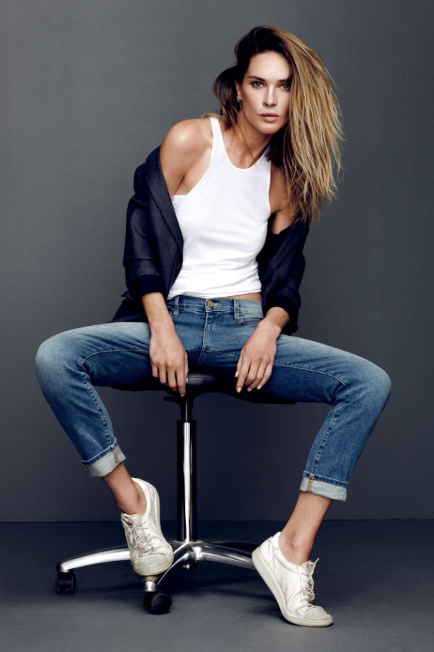 marrojo19_erin_wasson_whitesneakers